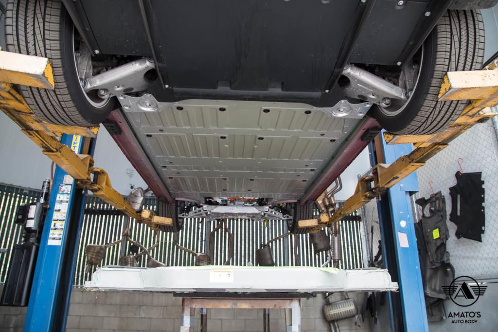 Amatos-Auto-Body-Tesla-Authorized-Certified-Model-S-Auto-Body-Painting-Battery-Installation6
