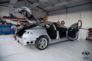 Amatos-Auto-Body-Tesla-Authorized-Certified-ModelS-Auto-Body-Painting-Door-Repair