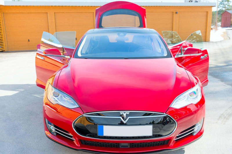 What Is The Mile Range of Tesla Batteries & How Long Do ...